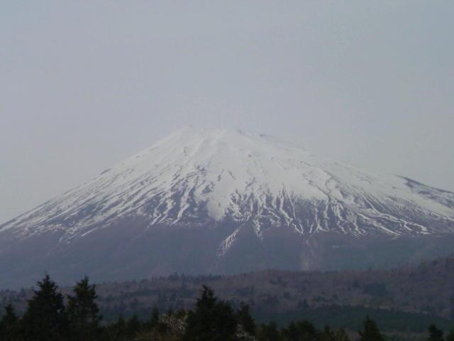 西臼塚展望台にて富士山。