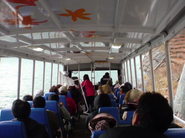 グルマンズ和牛〜湯西川温泉水陸両用バス。